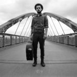 On Tour / Gewinnspiel: Singer/Songwriter FINN